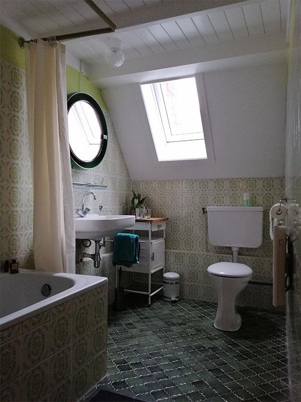 Badkamer in authentieke stijl van de stadsboerderij